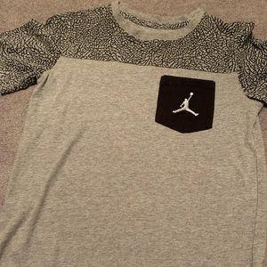 Boys Jordan t-shirt